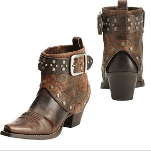 Ariat Defiance Leather Studded Cowgirl Boot
